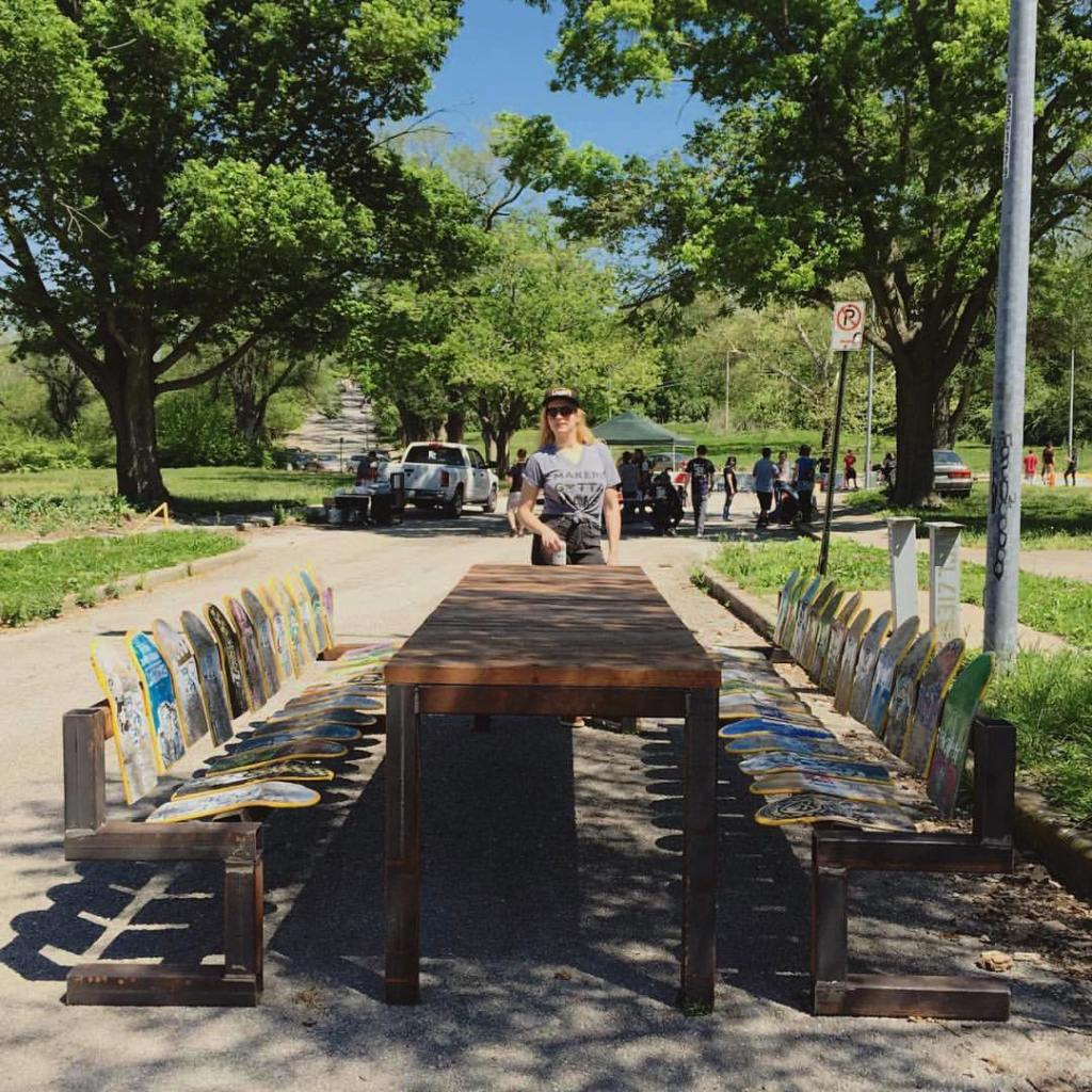 art-park-benches