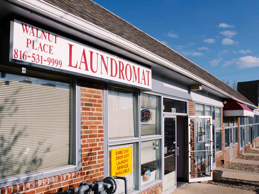 laundromat-local-pig-45-2